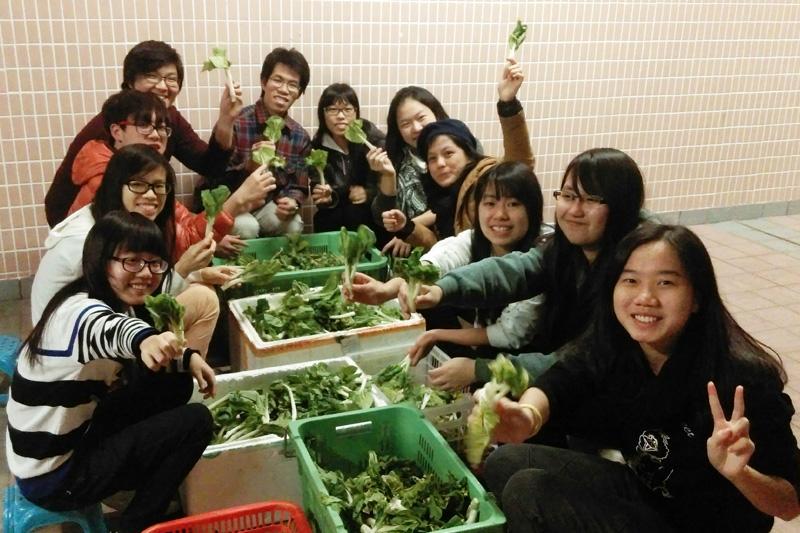 食物送出愛–長幼共融新鮮食物捐贈計劃